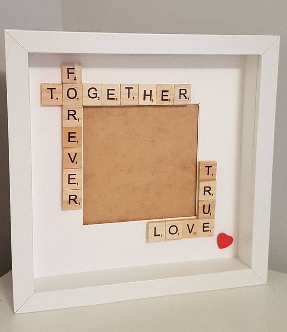 DIY Scrabble Picture Frame